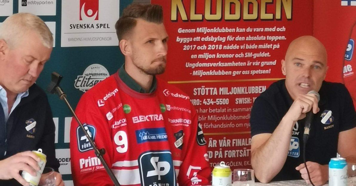Mittfältsstjärnan, Simon Jansson återvänder till Edsbyn, Edsbyn, nyförvärv, spelade i klubben 2009-2015, landslagsstjärnan, mittfältsstjärnan