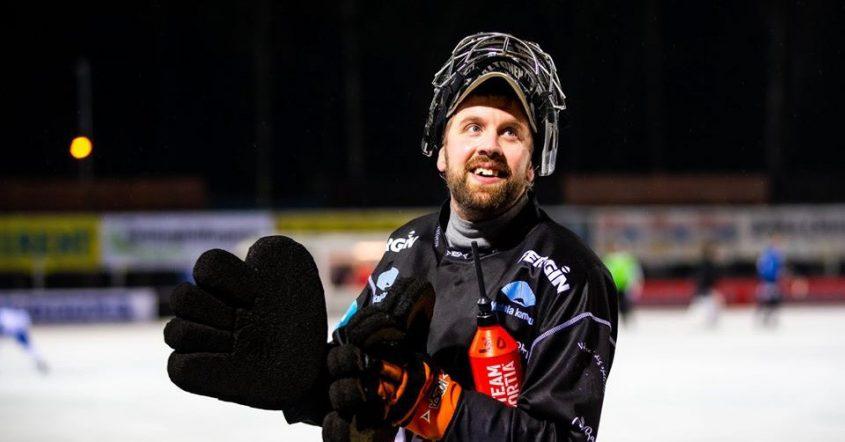 Motala bortaslog Bollnäs, slutspelet nära, slutspelsplats, Motala, IFK, IFK-målvakten Jussi Aaltonen, Jussi Aaltonen, Aaltonen