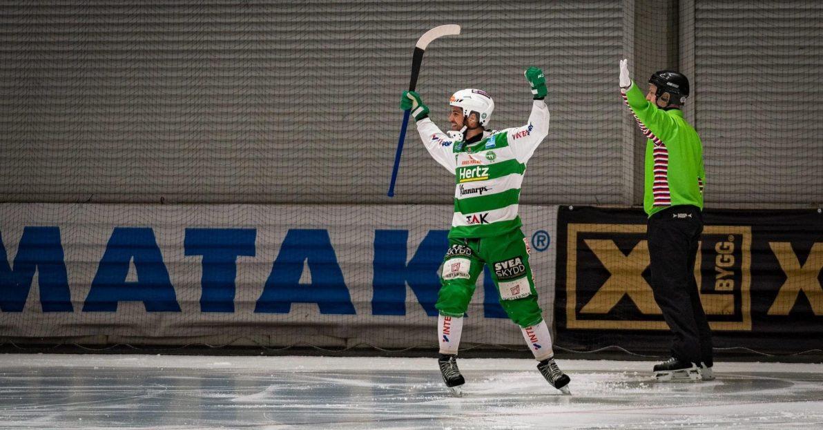 Tobias Holmberg, Holmberg förlänger med VSK, Holmberg VSK, Västerås, VSK