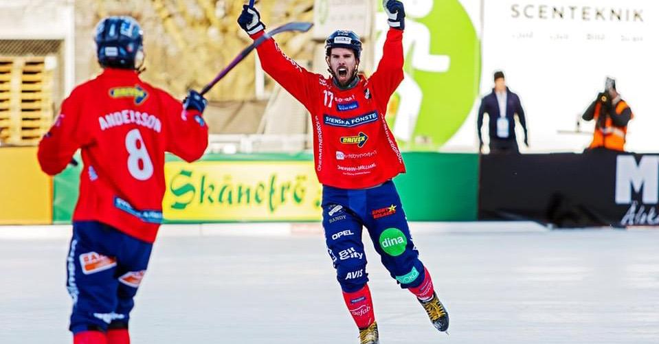 Mattias Hammarström bandy, Hammarström Edsbyn bandy, Hammarström förlänger med Edsbyn